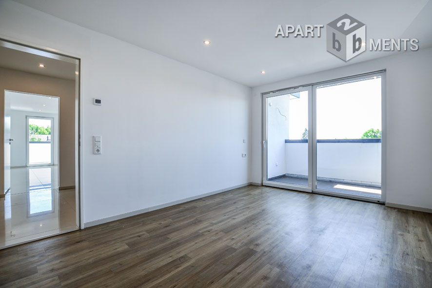 Bright 3 rooms apartment with balcony in Wesseling - Unfurnished