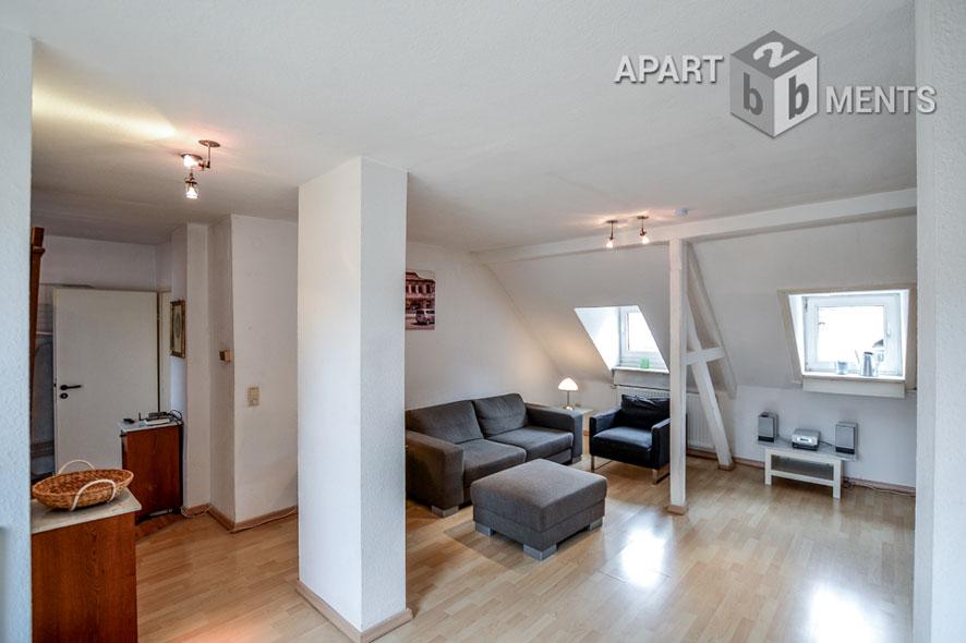 Modern möblierte und zentral gelegene Maisonettewohnung in Köln-Neustadt-Süd