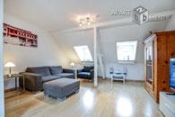 Modern möblierte und helle Maisonette-Wohnung in zentraler Lage in Köln-Neustadt-Süd