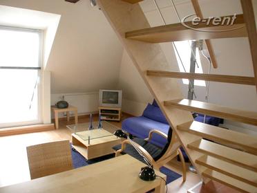 Schönes Maisonnette Apartment mit Balkon in Köln-Altstadt-Nord