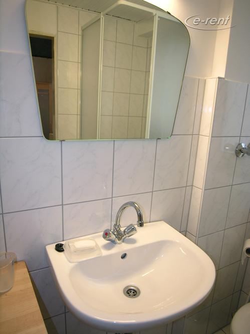 Mini-Appartement mit Duschbad