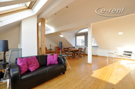 Modern möblierte und weitläufige Wohnung in Köln-Neuehrenfeld