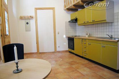 Elegant möblierte Wohnung mit Schlafempore in Köln-Ehrenfeld