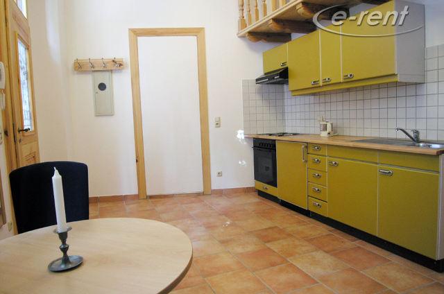 Möblierte 1 Zimmer Wohnung mit Schlafempore in Köln-Ehrenfeld