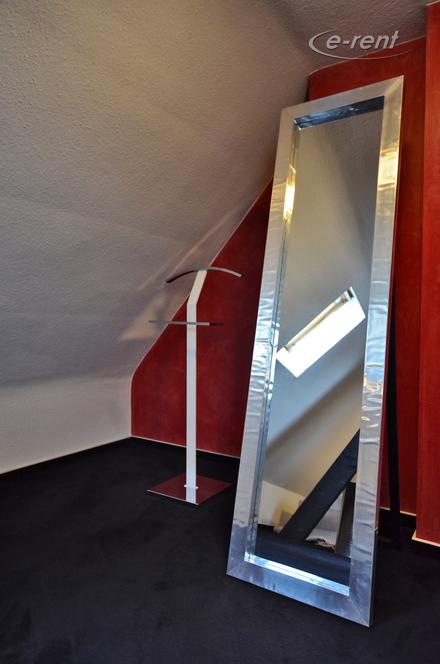 Hochwertig möblierte Maisonettewohnung in Köln-Altstadt-Süd