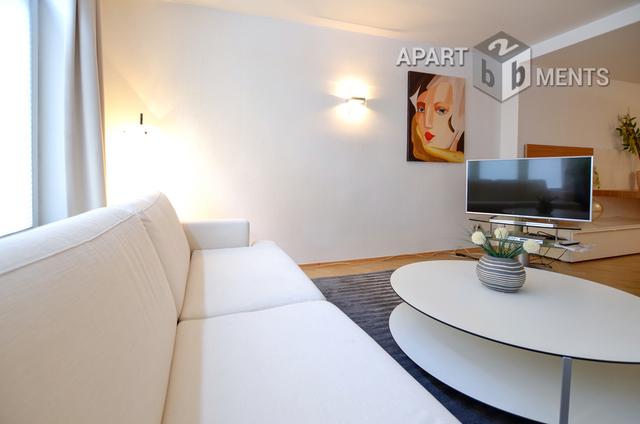 Möbliertes Apartment mit separatem Eingang in Köln-Altstadt-Süd