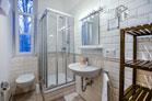 Hochwertig möbliertes und gepflegtes Einzelzimmer auf Gästeetage in Köln-Brück