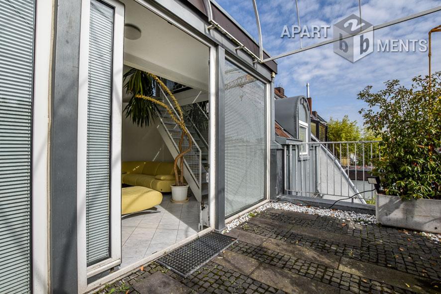 Möblierte geräumige Penthousewohnung im Maisonettestil in Köln-Neustadt-Süd