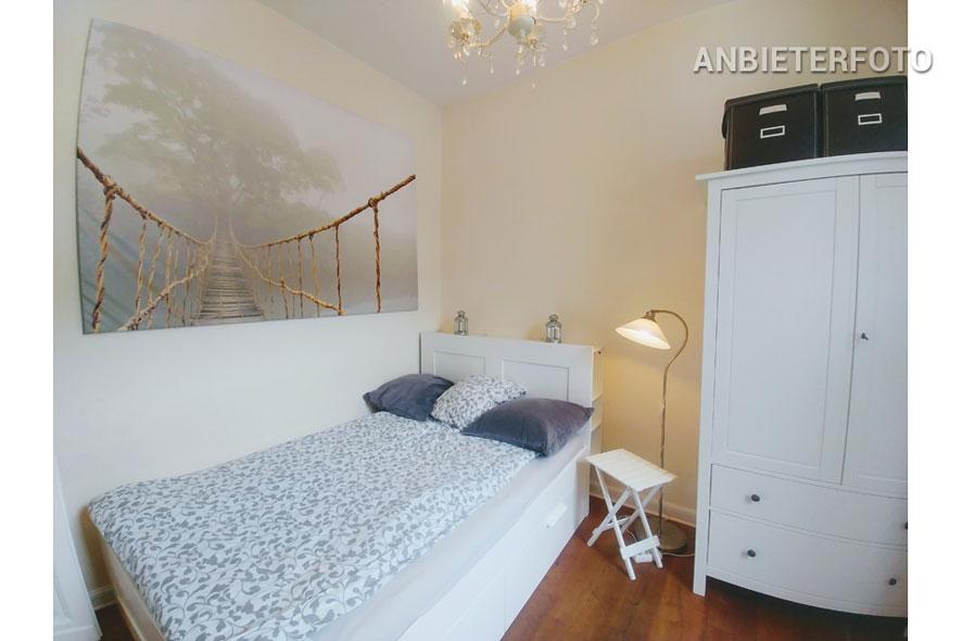 Hochwertig möbliertes Apartment mit offener Küche in Köln-Nippes