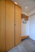 Spacious apartment with a panorama view over the Rhine on the Cologne cathedral and the zoo