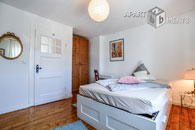 High-quality guest-room with a bath with shower of one's own in Cologne-Bickendorf