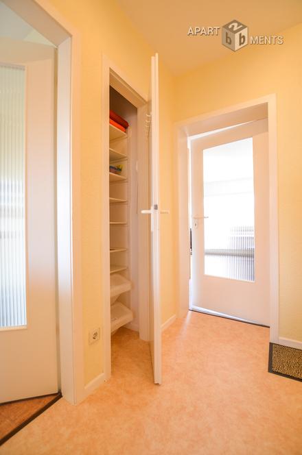 Modern möblierte und ruhige 1 Zimmer Wohnung mit Balkon