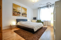 High-quality furnished and centrally located apartment in Cologne-Altstadt-Nord