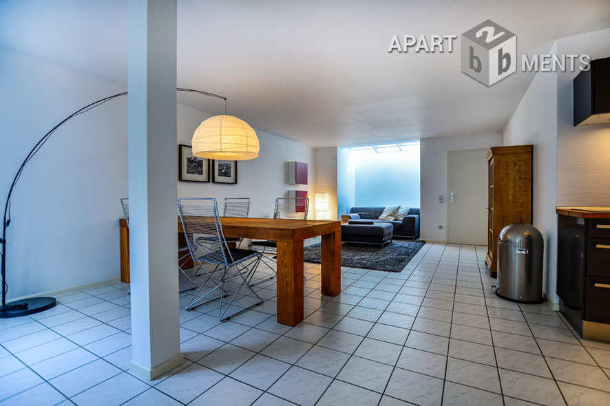 High-quality and modernly furnished apartment in Cologne-Lindenthal