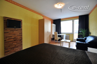 Modern furnished and centrally located apartment in Cologne-Nippes