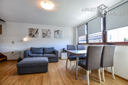 Furnished and quiet top floor maisonette centrally located in Köln-Altstadt-Nord