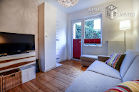 Furnished old building flat with tasteful design equipment in Cologne-Deutz