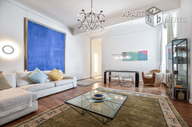 Stilvolle und hochwertige 3 Zimmer Altbauwohnung in guter, zentraler Wohnlage