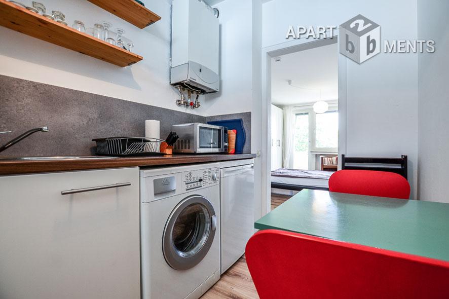 Möblierte und ruhige Wohnung mit Balkon in Köln-Sülz