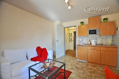 Modern möbliertes Einlieger-Apartment in Gehentfernung zum Rhein in Köln-Worringen