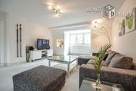 Modern und hochwertig möblierte Maisonette Wohnung in Köln-Marienburg