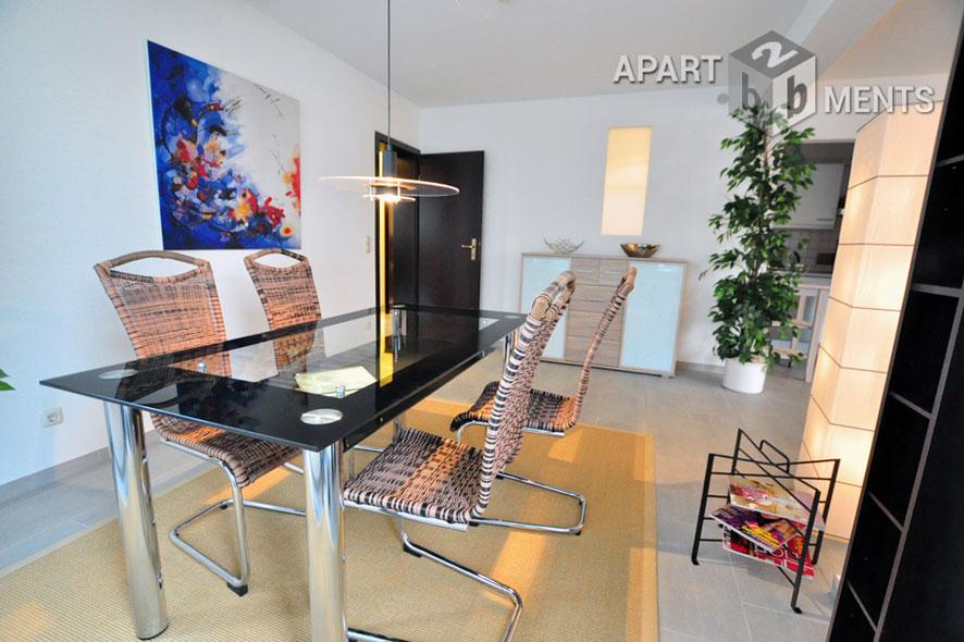 Moderne und hochwertige möblierte Wohnung in Bergisch-Gladbach-Refrath