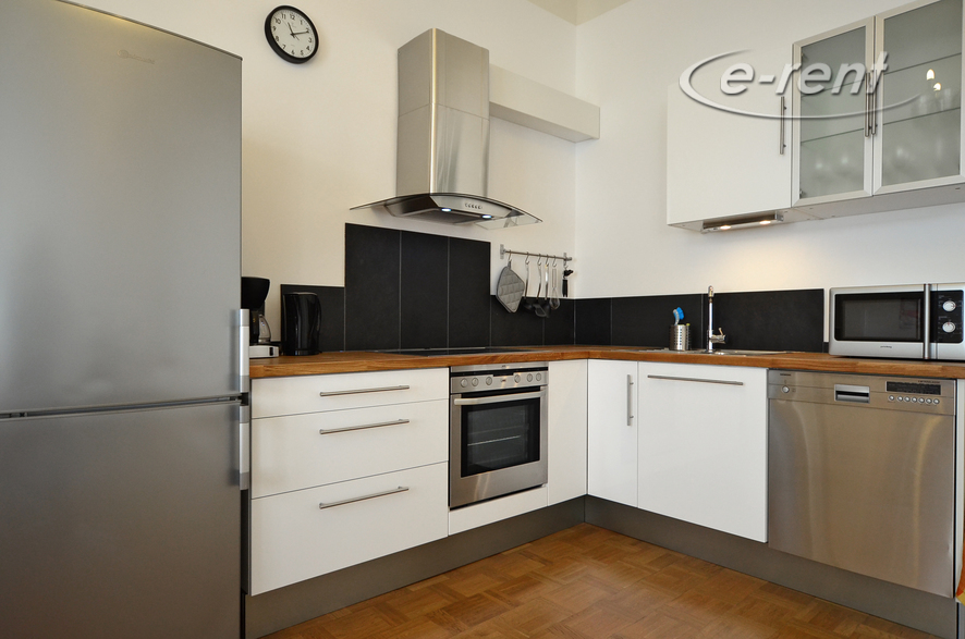 Modern möblierte Wohnung in Nippes