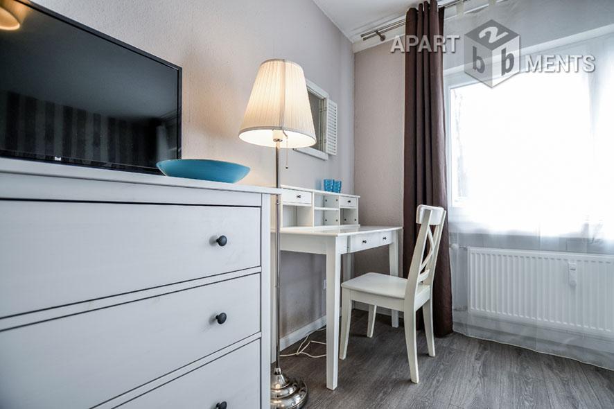Modern und hochwertig möbliertes Apartment mit Balkon in Köln-Kalk