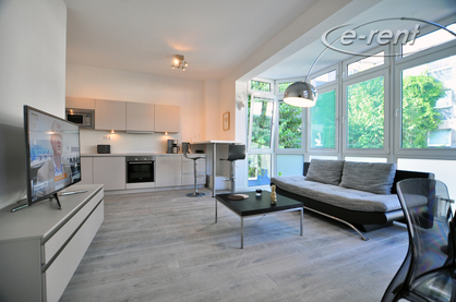 Hochwertig modern möbliertes Apartment in zentraler Lage in Köln-Altstadt-Süd