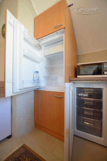 Modern möblierte Wohnung in Köln-Meschenich