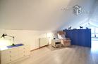 Zeitlos möblierte und lichtdurchflutete Atelierwohnung in Leverkusen-Schlebusch