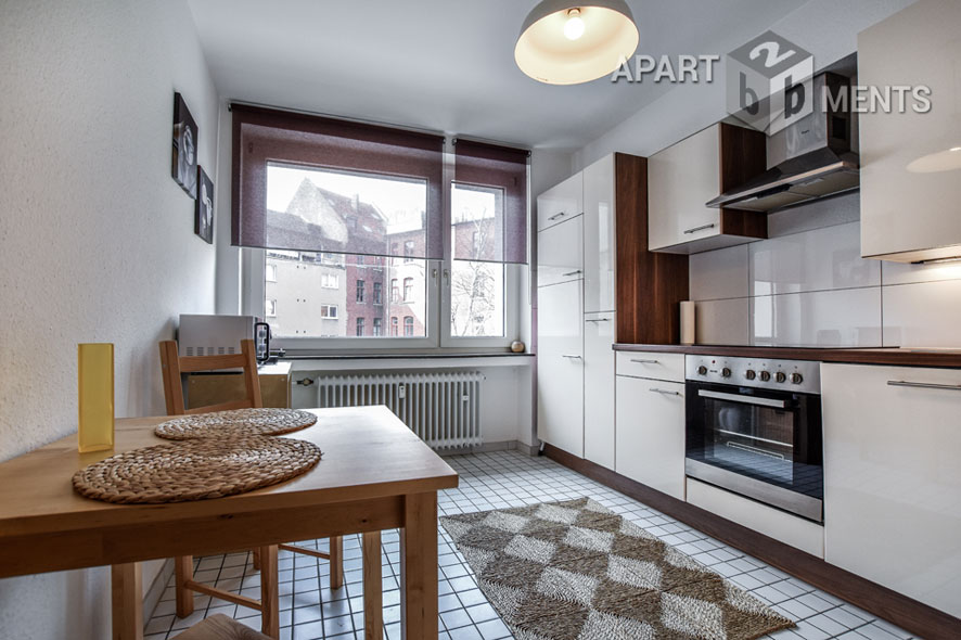 Modern furnished 2 room apartment with balcony in Cologne Neustadt-Süd