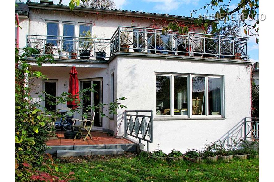 Modern möblierte Wohnung in Köln-Longerich