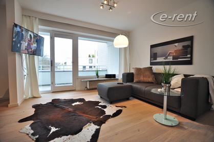Modernly furnished apartment with balcony in Cologne-Lindenthal