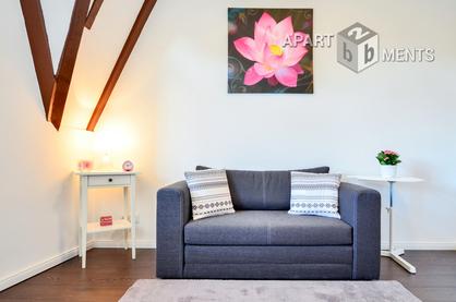 Modern möblierte Maisonettewohnung in Köln-Niehl