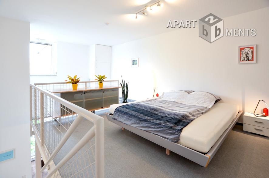 Modern möblierte und zentral gelegene Maisonettewohnung in Köln-Altstadt-Nord