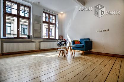 Hochwertig möblierte Maisonettewohnung im Belgisches Viertel