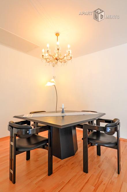 Modern möbliertes und freistehendes Einfamilienhaus in Frechen-Königsdorf