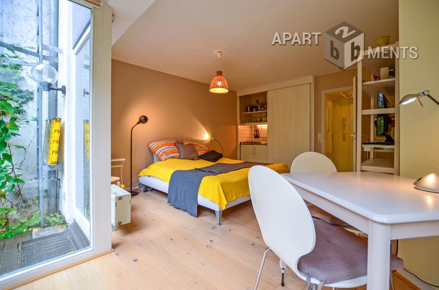 Modern möblierte Wohnung mit Garten und Terrasse in Köln-Altstadt-Nord