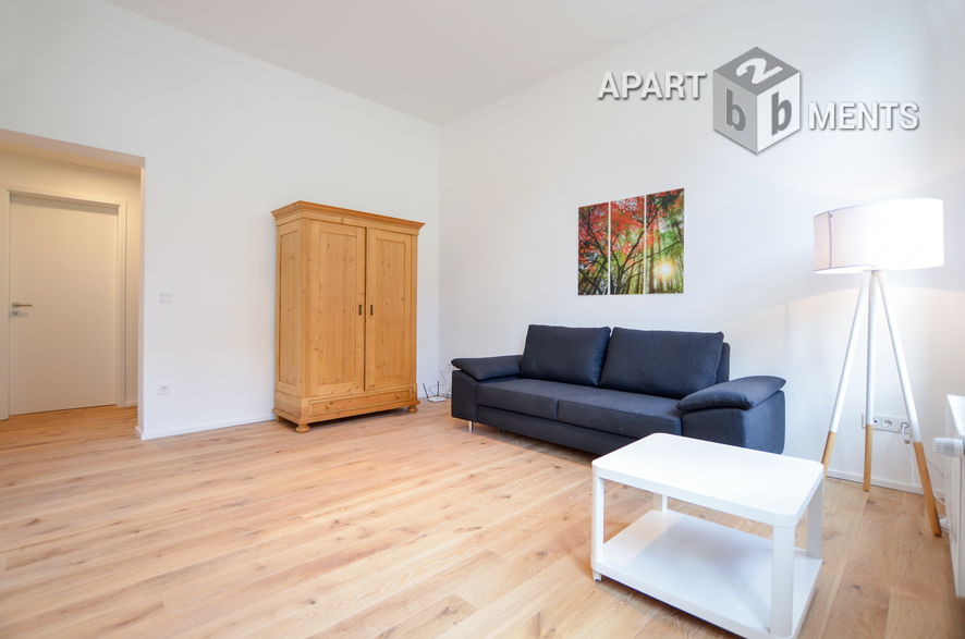 Modernly furnished and quiet apartment in central location in Cologne-Altstadt-Süd