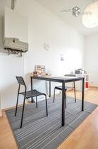 Moderne möblierte Wohnung mit Gartennutzung in Köln-Dellbrück