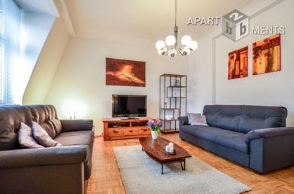 Möblierte hochwertige 4 Zimmer Wohnung mit 2 Schlafzimmern in Köln-Niehl