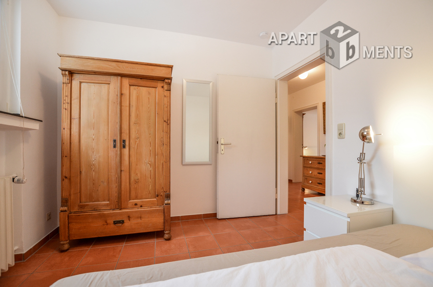 Modern möblierte Wohnung am Stadtwald in Köln-Braunsfeld