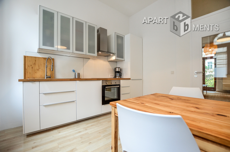 Beautiful furnished apartment in an old building in a quiet location in Cologne-Ehrenfeld