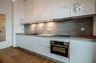 Hochwertig möblierte Studio-Wohnung mit Blick auf den Rhein in Köln-Bayenthal