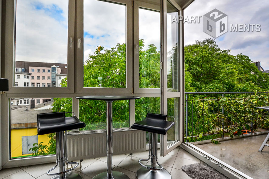 Exclusively furnished apartment with two balconies in Cologne-Altstadt-Süd