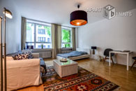 Modern furnished apartment in best city location in Cologne-Altstadt-North