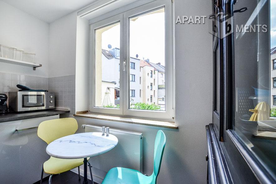 Möblierte Wohnung in Rheinnähe in Köln-Bayenthal
