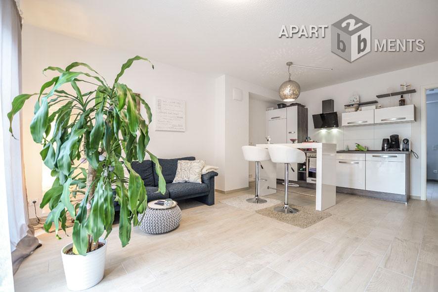 Modern möblierte Wohnung in Köln-Deutz-Mülheim