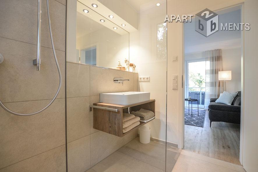 Modern und individuell möbliertes Apartment mit Balkon in Bergisch Gladbach-Bensberg